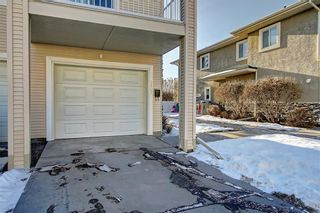 Photo 36: 6807 Pinecliff Grove NE in Calgary: Pineridge Row/Townhouse for sale : MLS®# A1121395