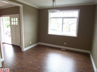 Photo 3: 32603 Egglestone Avenue in Mission: House for sale : MLS®# f1014955