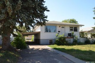 Photo 2: 243 23rd Street West in Prince Albert: West Hill PA Residential for sale : MLS®# SK865487