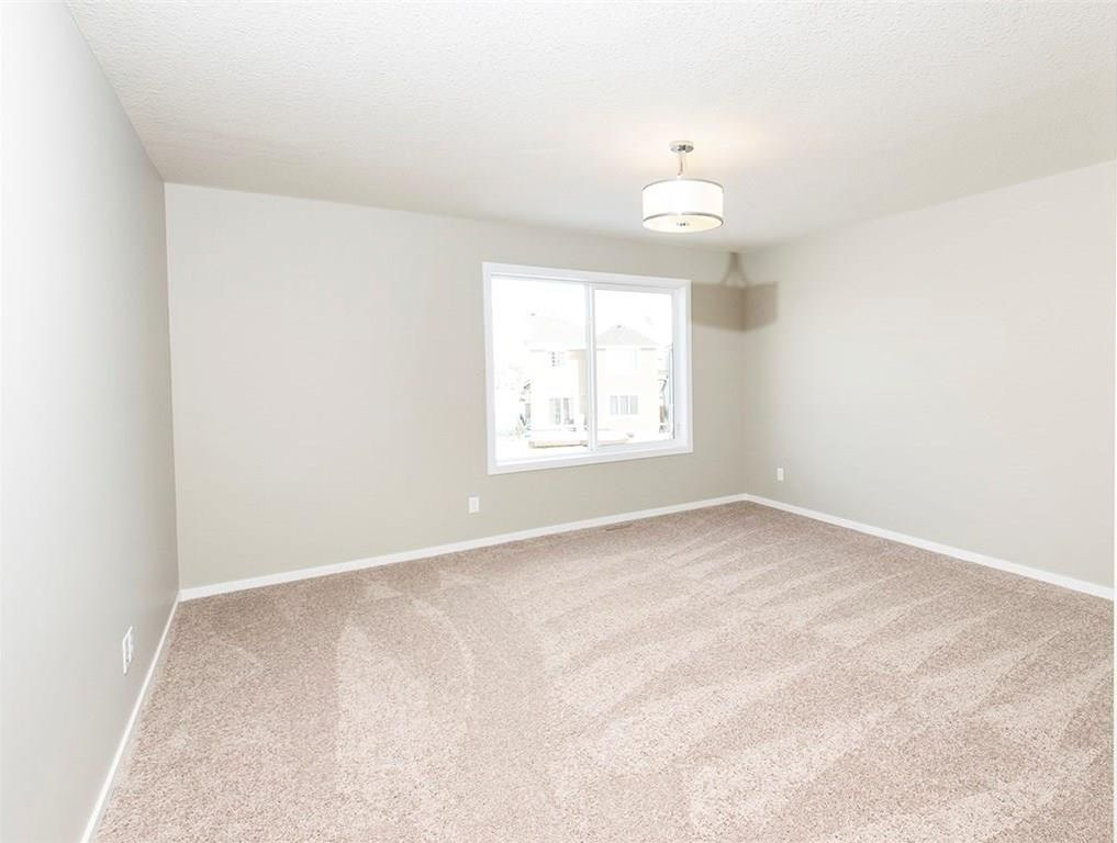 Photo 13: Photos: 2202 Bayside Circle: Airdrie House for sale : MLS®# C4145473