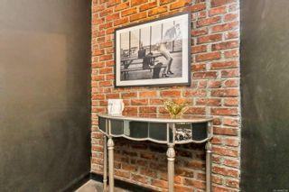 Photo 3: 502 770 Cormorant St in : Vi Downtown Condo for sale (Victoria)  : MLS®# 860238