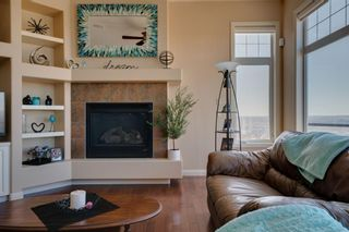 Photo 11: 244 Springbluff Heights SW in Calgary: Springbank Hill Detached for sale : MLS®# A1121808
