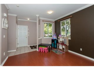 """Photo 4: 67 14468 73A Avenue in Surrey: East Newton Townhouse for sale in """"THE SUMMIT"""" : MLS®# R2110614"""