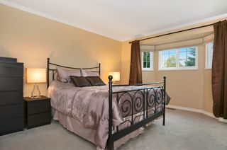Photo 12: 15598 ROPER AVENUE in South Surrey White Rock: Home for sale : MLS®# R2003689