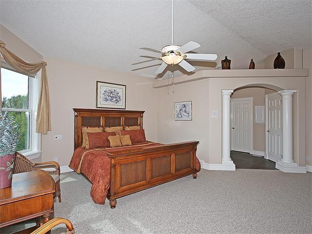 Photo 21: Photos: 315 MT DOUGLAS Court SE in Calgary: McKenzie Lake House for sale : MLS®# C4068873
