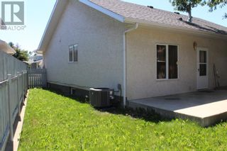 Photo 20: 11 Erminedale Bay N in Lethbridge: House for sale : MLS®# A1093060
