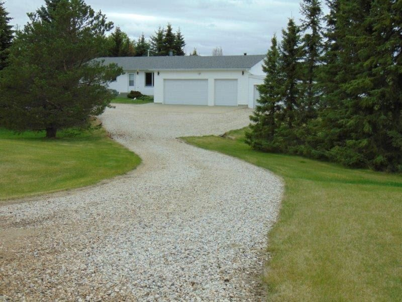 Main Photo: 241 52411 RGE RD 214: Rural Strathcona County House for sale : MLS®# E4246757