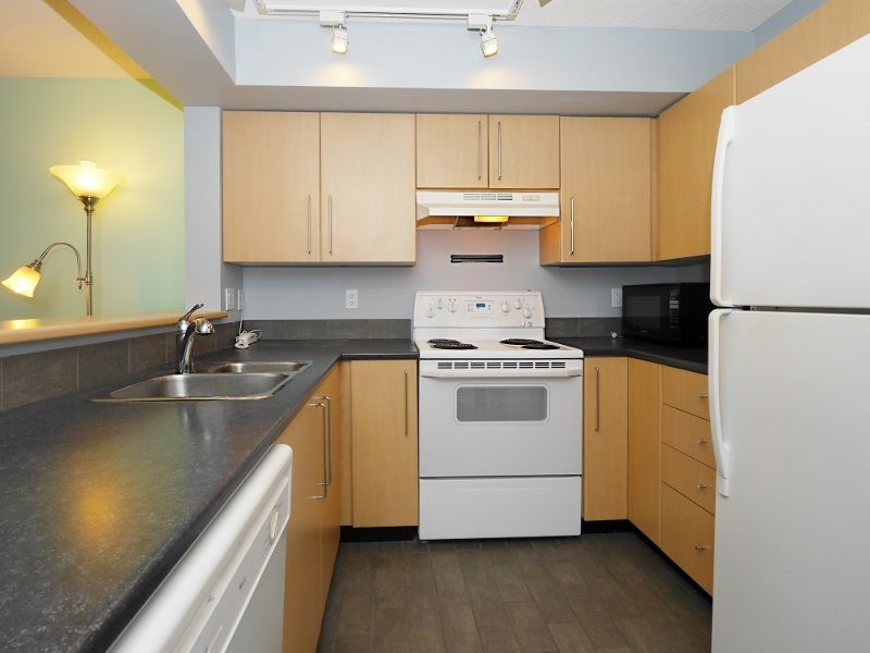 """Photo 27: Photos: 315 2768 CRANBERRY Drive in Vancouver: Kitsilano Condo for sale in """"ZYDECO"""" (Vancouver West)  : MLS®# R2566057"""