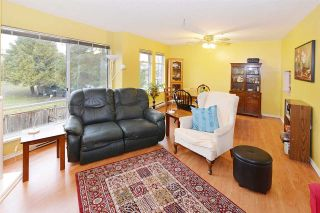 "Photo 5: 10 2450 LOBB Avenue in Port Coquitlam: Mary Hill Townhouse for sale in ""SOUTHSIDE ESTATES"" : MLS®# R2143368"