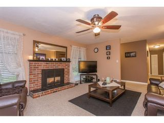 Photo 3: 22898 FULLER Avenue in Maple Ridge: East Central House for sale : MLS®# R2234341