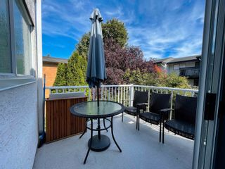 """Photo 34: 3 1552 EVERALL Street: White Rock Townhouse for sale in """"EVERALL COURT"""" (South Surrey White Rock)  : MLS®# R2616218"""
