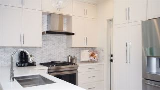 """Photo 5: 1836 W 12TH Avenue in Vancouver: Kitsilano Townhouse for sale in """"THE FOX HOUSE"""" (Vancouver West)  : MLS®# R2176603"""