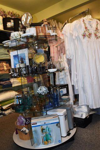 Photo 9: 5668 COWRIE Street in Sechelt: Sechelt District Business for sale (Sunshine Coast)  : MLS®# C8036151