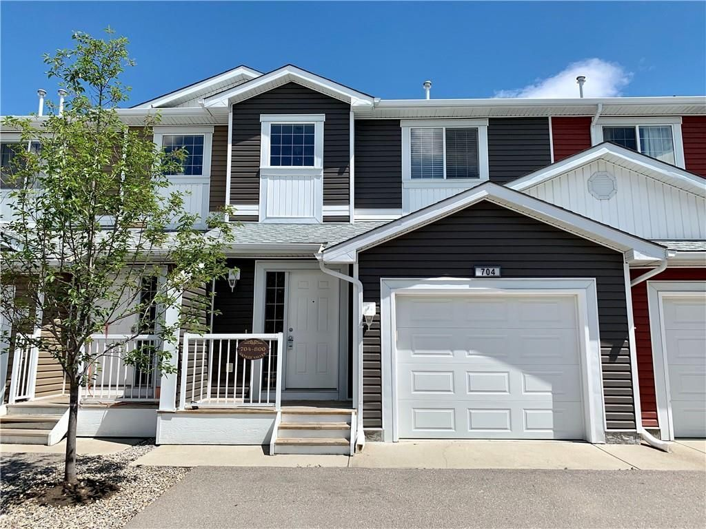 Main Photo: 704 800 YANKEE VALLEY Boulevard SE: Airdrie Row/Townhouse for sale : MLS®# C4242529