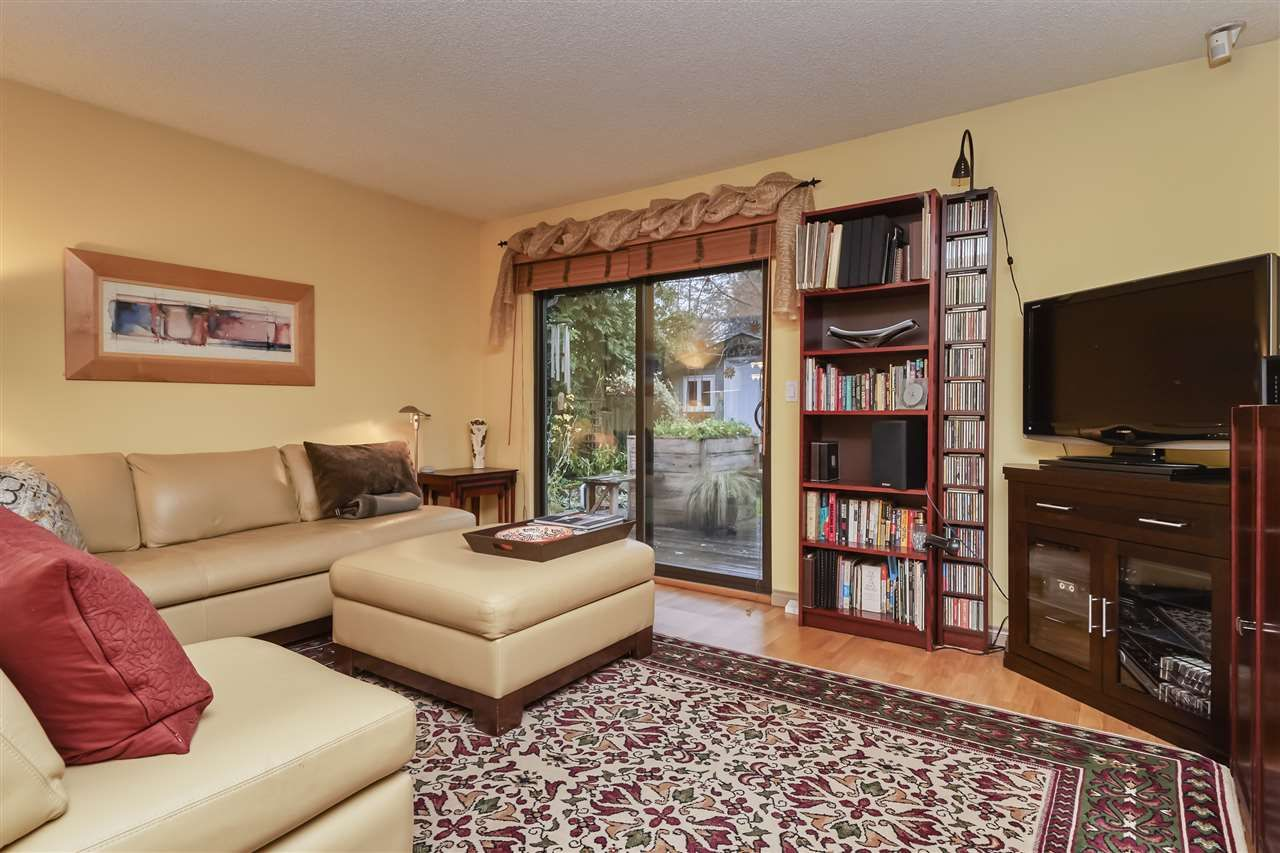 Photo 11: Photos: 7360 TOBA PLACE in Vancouver: Champlain Heights Townhouse for sale (Vancouver East)  : MLS®# R2430087