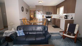 Photo 11: 10615 165 Avenue in Edmonton: Zone 27 House for sale : MLS®# E4247555