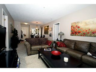 """Photo 7: 303 1369 56TH Street in Tsawwassen: Cliff Drive Condo for sale in """"WINDSOR WOODS"""" : MLS®# V1058520"""