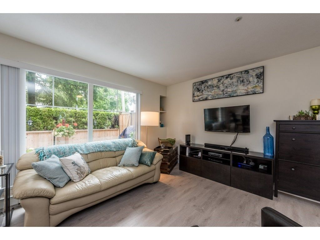Photo 6: Photos: 1 2120 CENTRAL AVENUE in Port Coquitlam: Central Pt Coquitlam Condo for sale : MLS®# R2180338