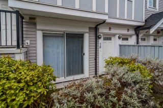 "Photo 2: 18 13239 OLD YALE Road in Surrey: Whalley Condo for sale in ""FUSE"" (North Surrey)  : MLS®# R2147376"