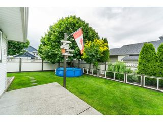 "Photo 38: 6448 188A Street in Surrey: Cloverdale BC House for sale in ""CHARTWELL"" (Cloverdale)  : MLS®# R2463466"