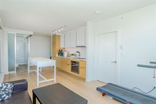 """Photo 8: 2106 13438 CENTRAL Avenue in Surrey: Whalley Condo for sale in """"PRIME ON THE PLAZA"""" (North Surrey)  : MLS®# R2623474"""