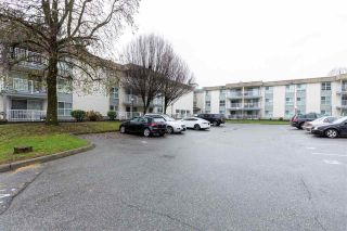 """Photo 2: 226 32850 GEORGE FERGUSON Way in Abbotsford: Central Abbotsford Condo for sale in """"ABBOTSOFRD PLACE"""" : MLS®# R2600359"""