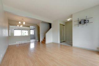 Photo 5: 18042 95A Avenue in Edmonton: Zone 20 House Half Duplex for sale : MLS®# E4248106
