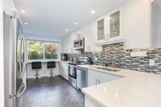 """Photo 8: 802 555 W 28TH Street in North Vancouver: Upper Lonsdale Townhouse for sale in """"CEDARBROOKE VILLAGE"""" : MLS®# R2579091"""