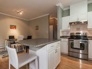 """Photo 4: 49 15133 29A Avenue in Surrey: King George Corridor Townhouse for sale in """"STONEWOODS"""" (South Surrey White Rock)  : MLS®# F1401497"""