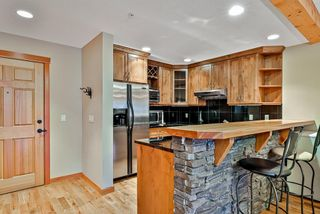 Photo 2: 214 104 Armstrong Place: Canmore Apartment for sale : MLS®# A1142454
