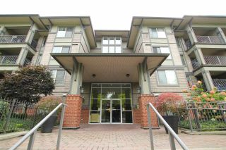 """Photo 3: 401 2468 ATKINS Avenue in Port Coquitlam: Central Pt Coquitlam Condo for sale in """"THE BORDEAUX"""" : MLS®# R2019309"""