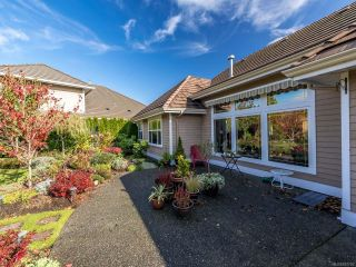 Photo 12: 3240 Majestic Dr in COURTENAY: CV Crown Isle House for sale (Comox Valley)  : MLS®# 827726
