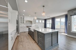 Photo 4: 1305 HAINSTOCK Way in Edmonton: Zone 55 House for sale : MLS®# E4254641