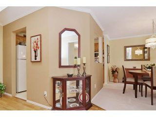 Photo 3: 414 2626 COUNTESS STREET in Abbotsford: Abbotsford West Condo for sale : MLS®# F1438917