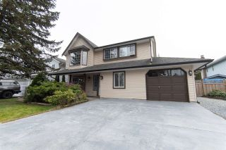 "Main Photo: 7885 143A Street in Surrey: East Newton House for sale in ""Spring Hill"" : MLS®# R2541856"