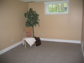Photo 12: 4983 Dunrobin Road in Woodlawn: Residential Detached for sale (Crown Point)  : MLS®# 686108