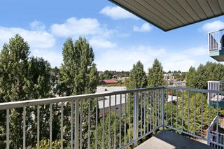 """Photo 8: 305 33960 OLD YALE Road in Abbotsford: Central Abbotsford Condo for sale in """"Old Yale Heights"""" : MLS®# R2614204"""