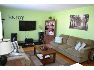 Photo 3: 614 Cedarcrest Drive in WINNIPEG: North Kildonan Residential for sale (North East Winnipeg)  : MLS®# 1303732