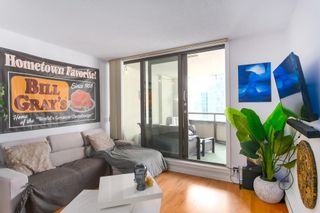 """Photo 2: 604 789 DRAKE Street in Vancouver: Downtown VW Condo for sale in """"CENTURY TOWER"""" (Vancouver West)  : MLS®# R2426940"""