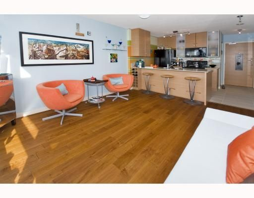 Main Photo: 1809 - 977 Mainland in Vancouver: Downtown Condo for sale (Vancouver West)  : MLS®# V691325