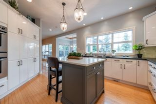 Photo 17: 908 THOMPSON Place in Edmonton: Zone 14 House for sale : MLS®# E4259671