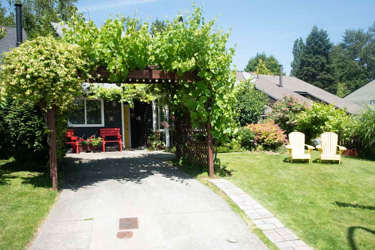 """Main Photo: 19833 53A Avenue in Langley: Langley City 1/2 Duplex for sale in """"Langley City"""" : MLS®# R2468910"""