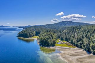 Photo 2: 2521 North End Rd in : GI Salt Spring House for sale (Gulf Islands)  : MLS®# 854306