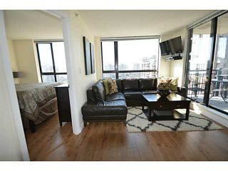 """Photo 1: 1101 833 AGNES Street in New Westminster: Downtown NW Condo for sale in """"The News"""" : MLS®# V1118257"""