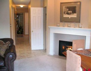 """Photo 7: 6 9539 208TH Street in Langley: Walnut Grove Townhouse for sale in """"COUNTRY BROOK ESTATES"""" : MLS®# F2924918"""