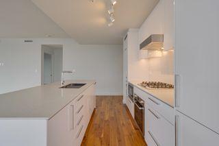 Photo 4: 4106 10360 102 Street in Edmonton: Zone 12 Condo for sale : MLS®# E4258118