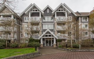 "Photo 1: 404 20750 DUNCAN Way in Langley: Langley City Condo for sale in ""FAIRFIELD LANE"" : MLS®# R2564057"