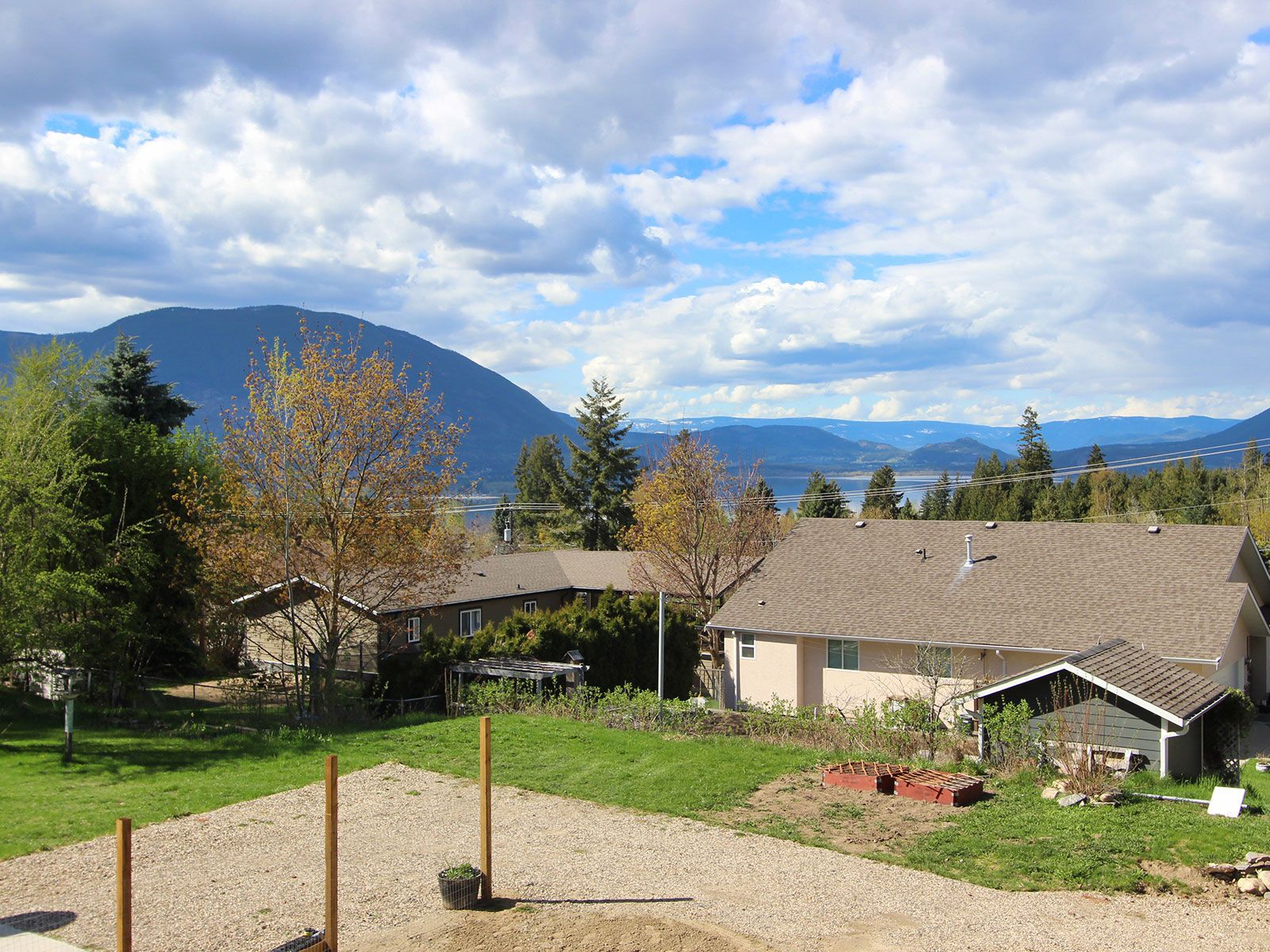 Photo 29: Photos: 1920 SE Okanagan Avenue in Salmon Arm: South East Salmon Arm House for sale : MLS®# 10204567