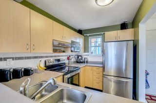 """Photo 3: 10 123 SEVENTH Street in New Westminster: Uptown NW Townhouse for sale in """"ROYAL CITY TERRACE"""" : MLS®# R2223388"""