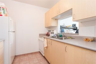 "Photo 6: 205 1010 HOWE Street in Vancouver: Downtown VW Condo for sale in ""1010 HOWE"" (Vancouver West)  : MLS®# R2141634"